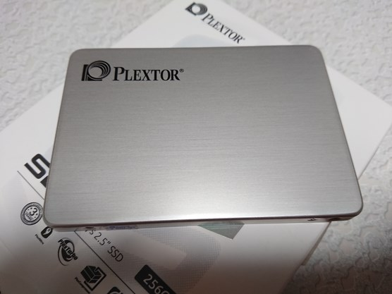 PLEXTOR S2 series SSDを使ってノートパソコンのHDDをSSDに変更
