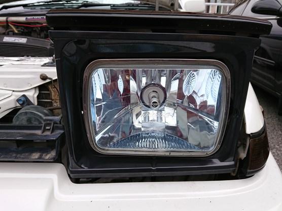 AE86 トレノにIPF製セパレート(コンパクト)モデルLEDヘッドライト(141HLB)を付けてみた